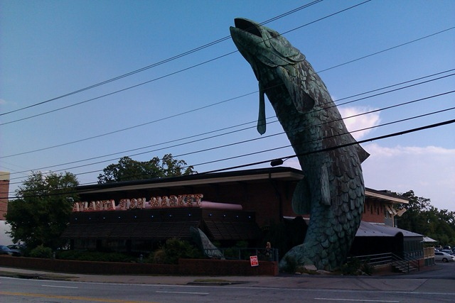 Atlanta fish market buckhead atlanta ga atlanta food for Fishing in atlanta