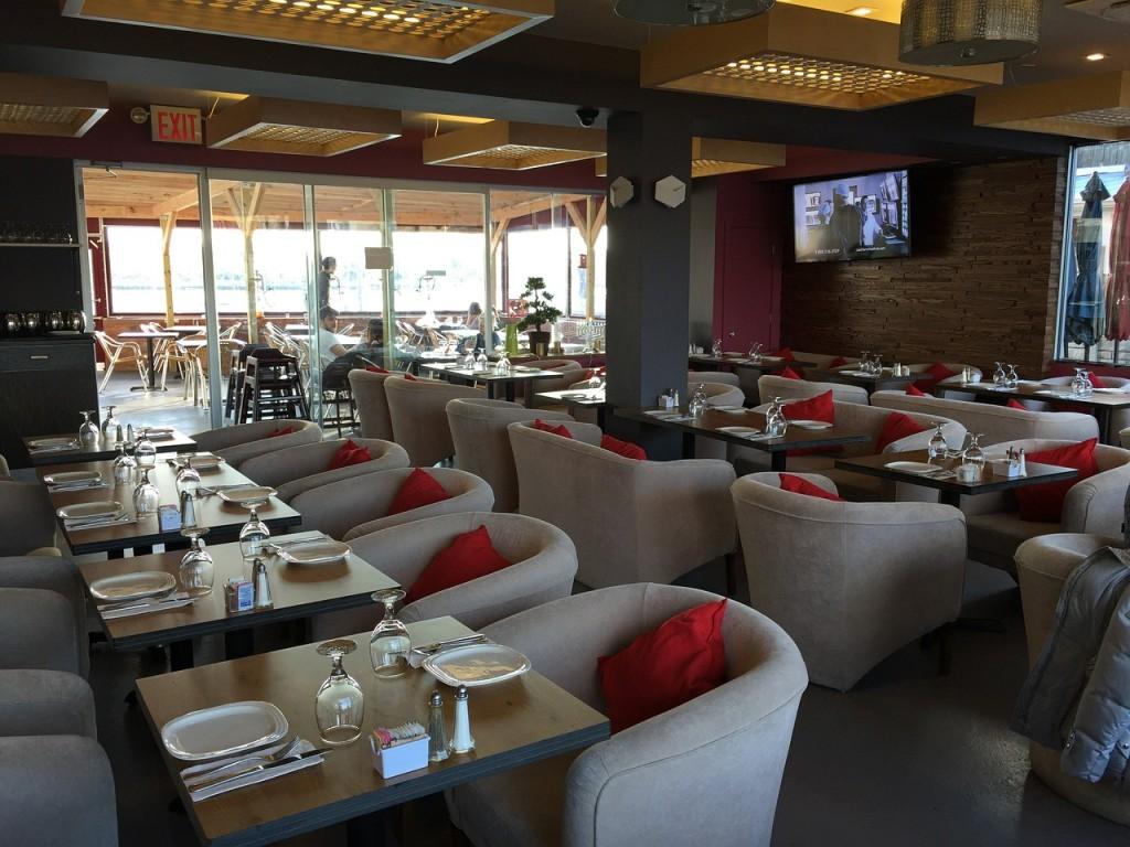 restaurant-583760_1280