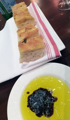 Bread Service, il Giallo Osteria & Bar, Sandy Springs, North Fulton