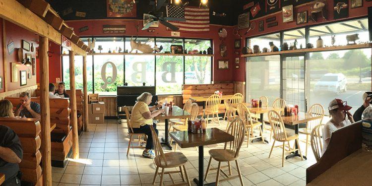 Dining Room, Myron Mixon's Jack's Old South BBQ, Braselton, North Gwinnett