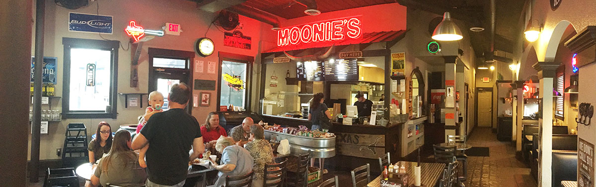 Dining Room, Moonie's Texas BBQ
