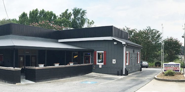 Moonie's Texas BBQ, Flowery Branch, Hall County